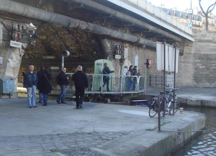 promenade_du_dimanche_sur_les_quais_de_seine_4
